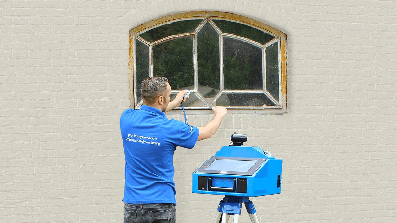 Solutions industrielles Prodim dédiées aux portes et fenêtres - Mesure de fenêtres