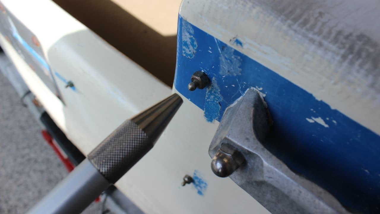 Proliner IPT - Hole Pen - Stylo pour une utilisation plus simple avec des vis et des points de fixation